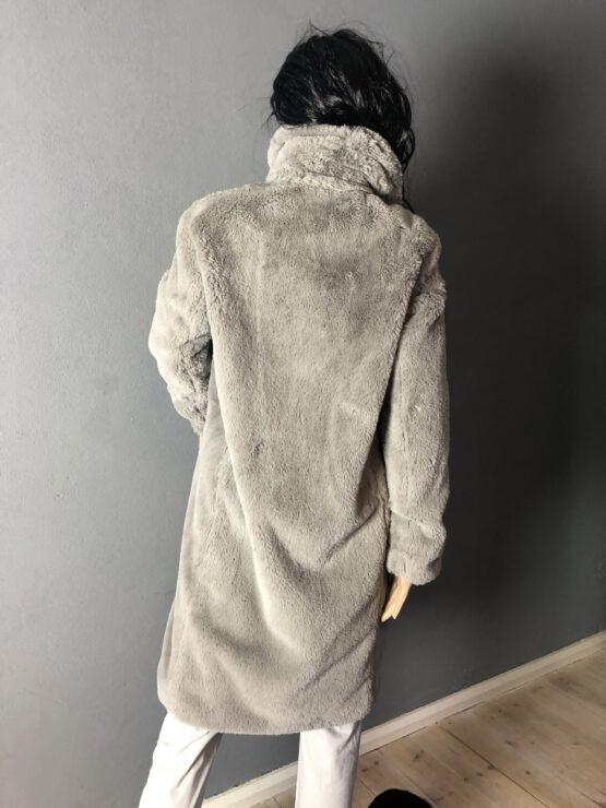 Rückenansicht Teddymantel