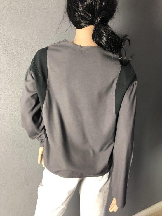 Rückenansucht graues Damenshirt